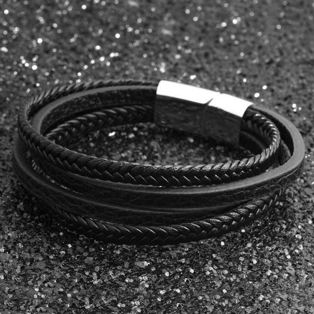 Stylish Multilayered Leather Men's Bracelet with Magnetic Clasp