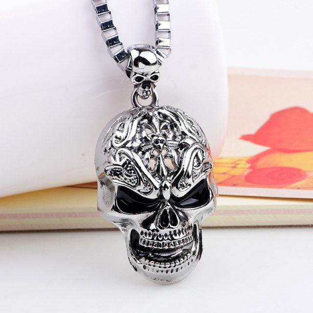 Long Hip-Hop Necklace with Pendant Skulls