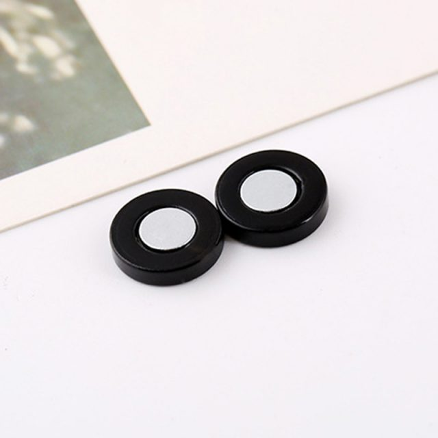 Magnet Black Clip Earrings for Men